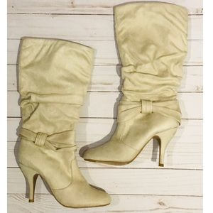 Charlotte Russe: Suede High Boots